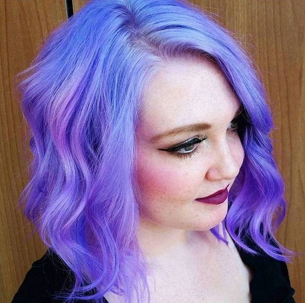 12-Helle violettfarbene wellenförmige mob