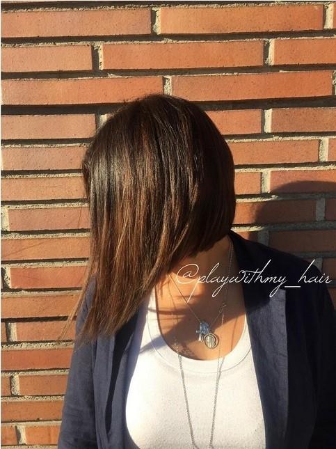 21-Asymmetrische mob für glattes Haar