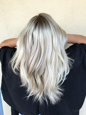 11-Erstaunlich eisigen blonde Haare! Asche-Blondine