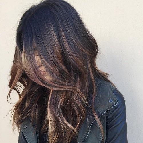 11 Schwarze Haare mit Braunen Balayage strähnen