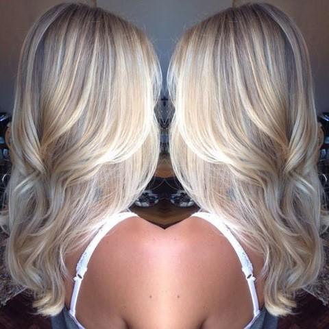3-Platinum-Blonde-Balayage-Haar-Style-2017