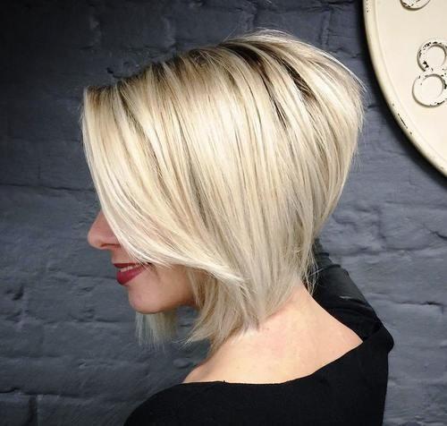 6.Anspruchsvolle blonde abgewinkelt bob mit extremen gestapelt zurück