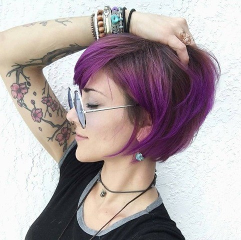 9-lila-bob-frisuren-mit-brille