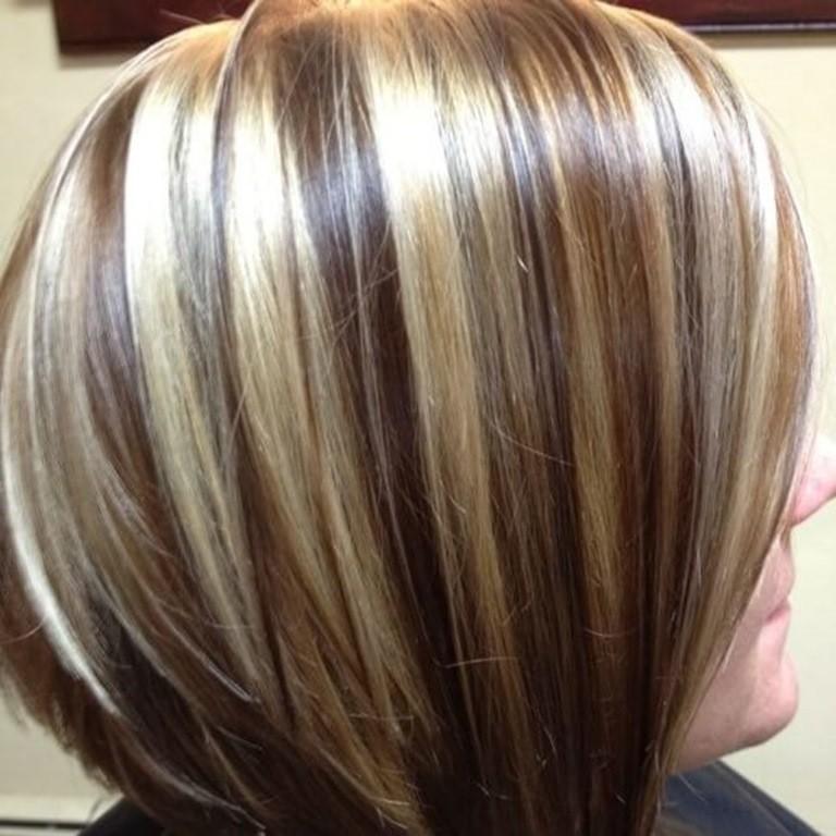 Braune Haare mit Chunky Blonde Strähnen