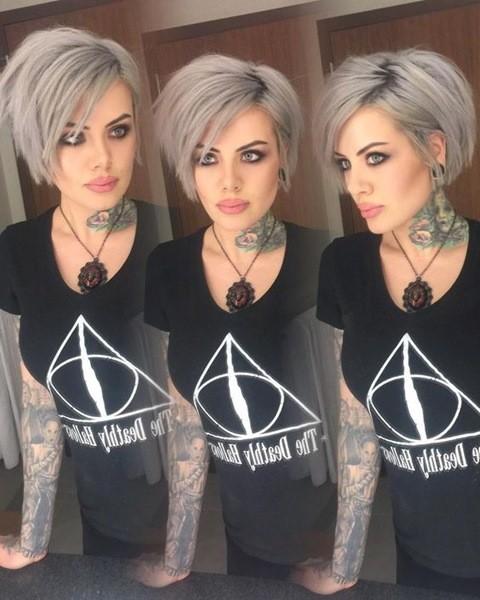 6-lang-pixie-haar-mit-graue-farben