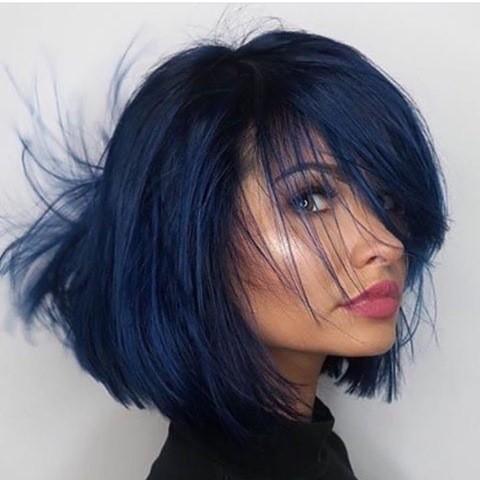 blau-bob-haarschnitt