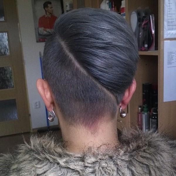 Kurze Damen Frisur mit Diagonalem Undercut