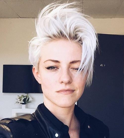 1-kurz-zerzaust-Platin-blonde-Frisur