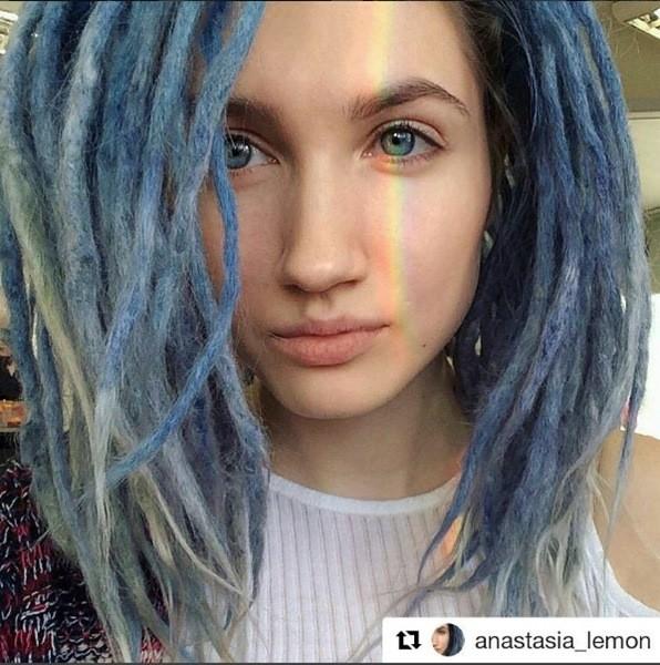 Dreadlocks Frisuren Blau Farben