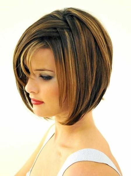 Etagen Blunt Haarschnitt