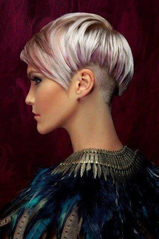 10 Trendige Kurze Frisuren Mit Tollen Farben