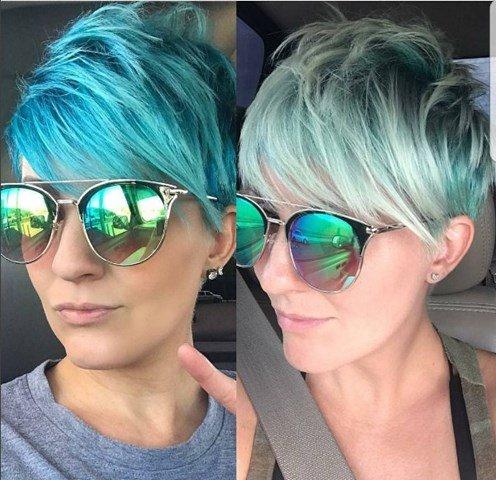 Turkis Blau Pixie Haarschnitt mit Brille