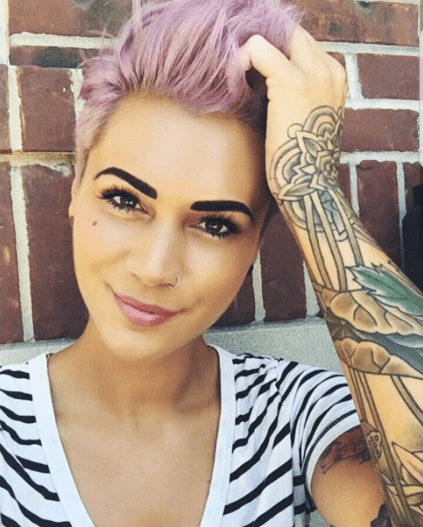 2-Lila Pixie Haare