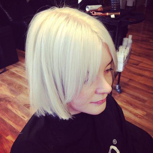 4-Blond Bob Frisur