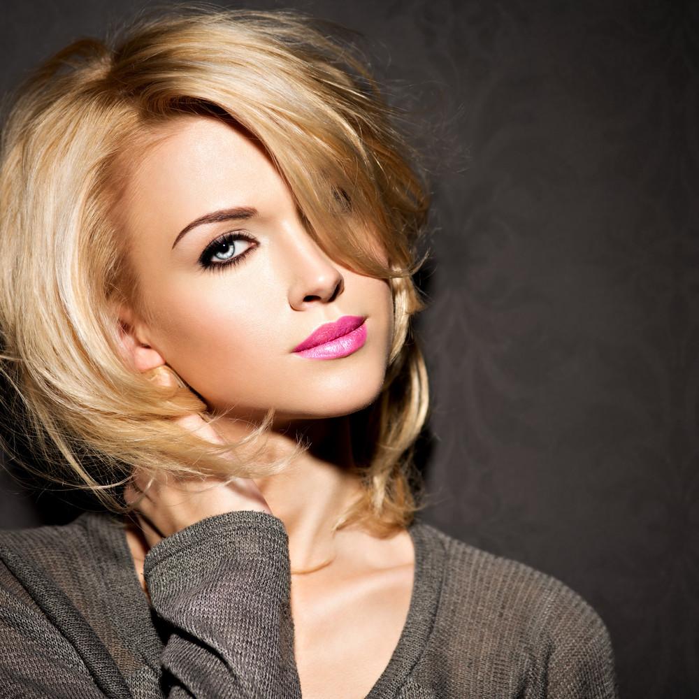 9-Lang Blond Lockig Haare