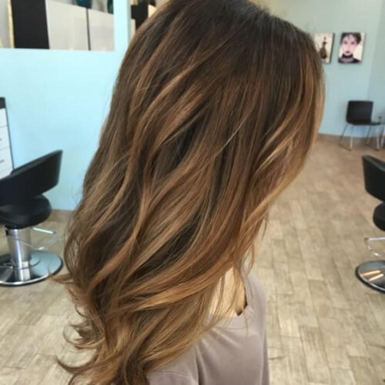 32. Honig Braunes Haar mit Blonden Strähnen - Haare.CO