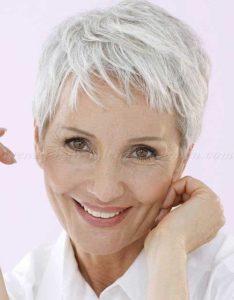 7-Kurze Pixie Haarschnitte für Frauen Über 50