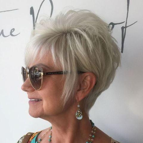 lang-ash-blonde-pixie-für-feines-haar
